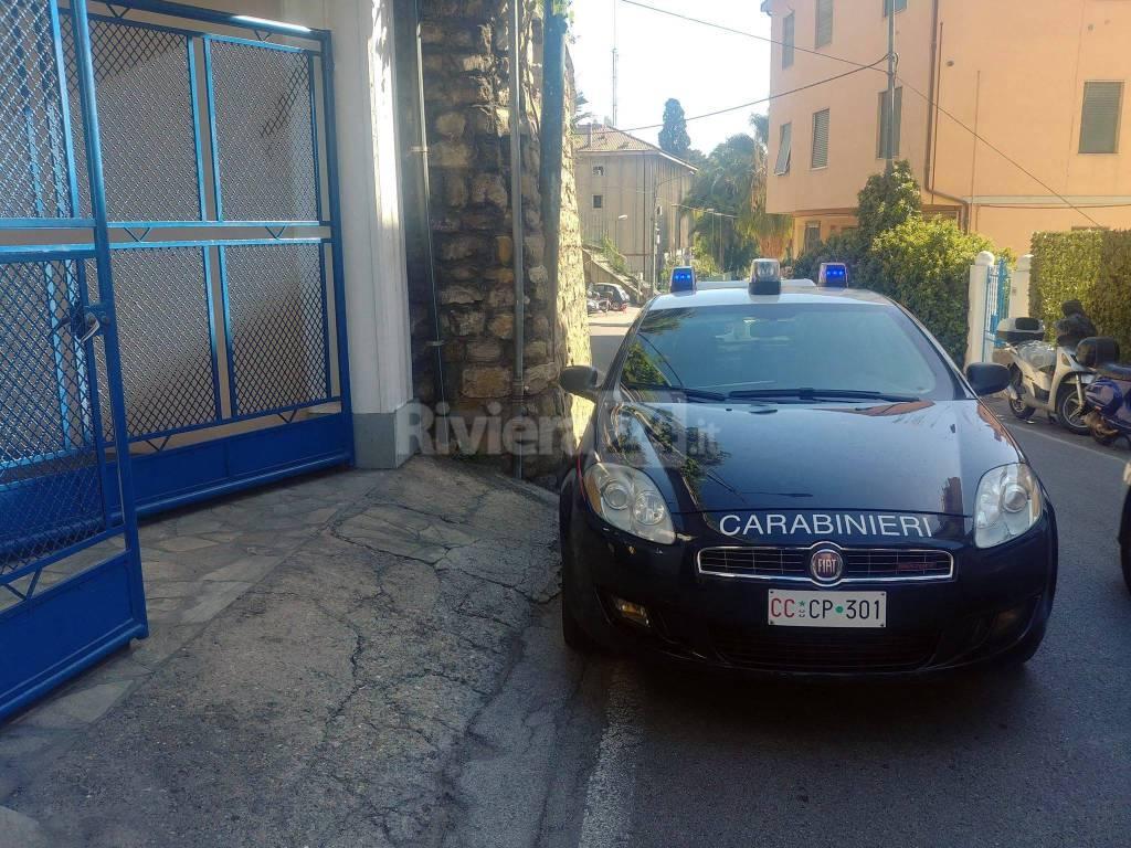 riviera24 - ambulanza carabinieri sanremo