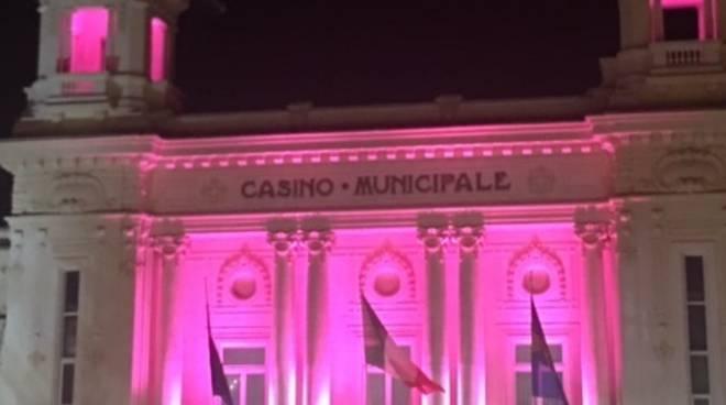 Riviera24- Casinò si tinge di rosa