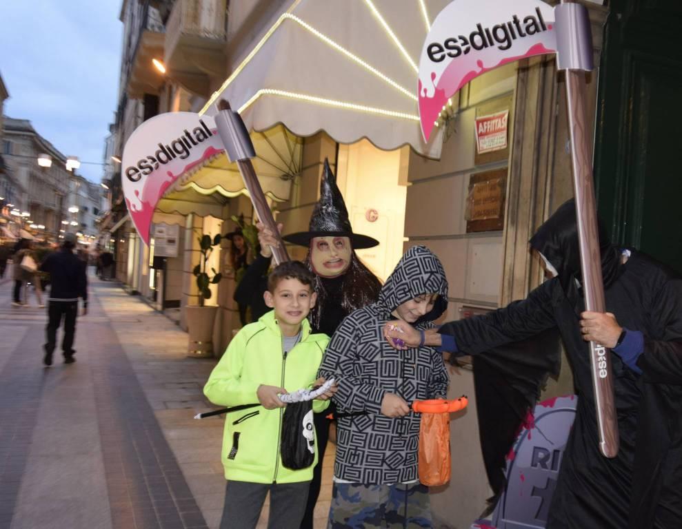 """riviera24 - Halloween a Sanremo, i """"tristi mietitori"""" di Esedigital"""
