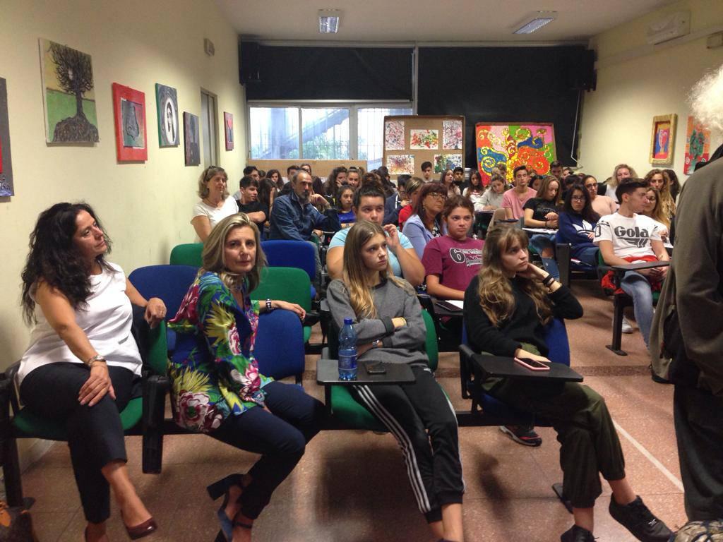 riviera24 - Padre Renato Kizito Sesano al Ruffini