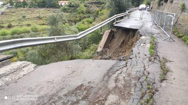riviera24 - strada valloni frana