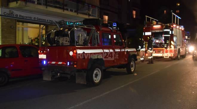 vigili del fuoco notturna