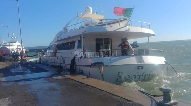 Yacht avaria Portosole Sanremo