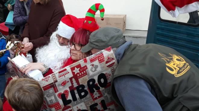 riviera24 - Babbo Natale arriva a Vallebona