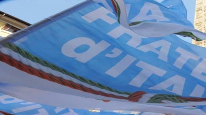 Riviera24- fratelli italia bandiera