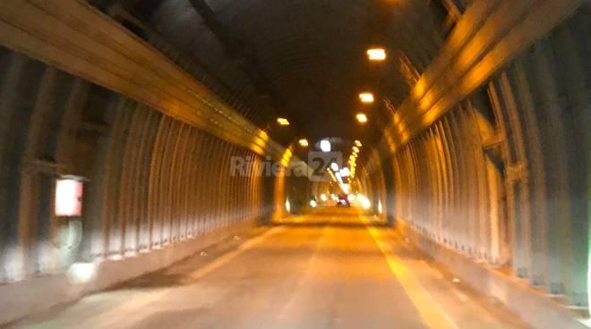 Riviera24- tunnel di Tenda