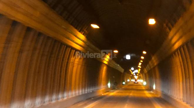 Riviera24- tunnel di Tenda