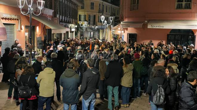 Flash Mob sardine a Ventimiglia