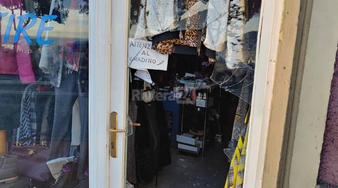 riviera24 - Atto vandalico a Porto Maurizio