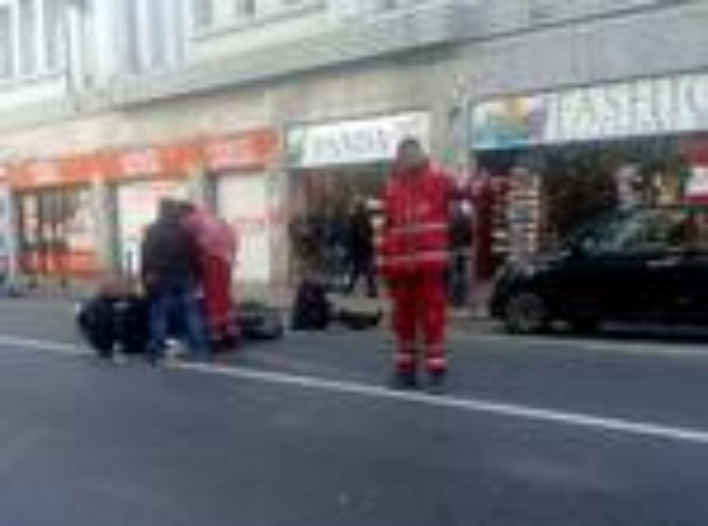riviera24 - incidente scooter via roma sanremo soccorsi 118