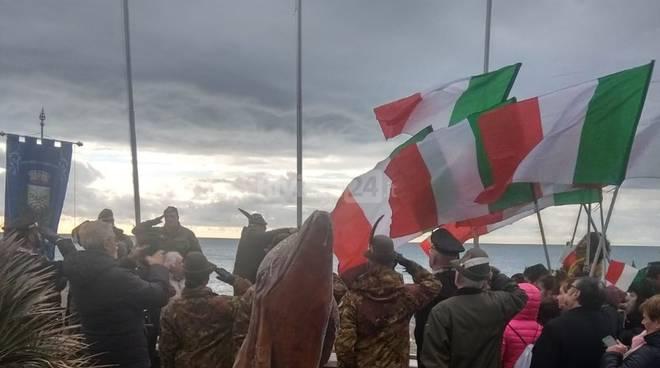 riviera24 - Vallecrosia omaggia il Tricolore Italiano