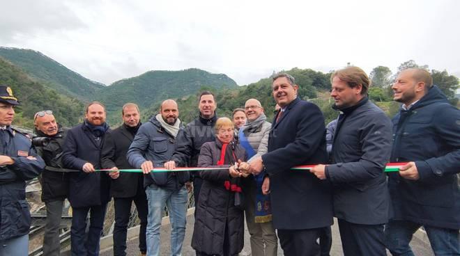 Rocchetta inaugurato il ponte sulla frana