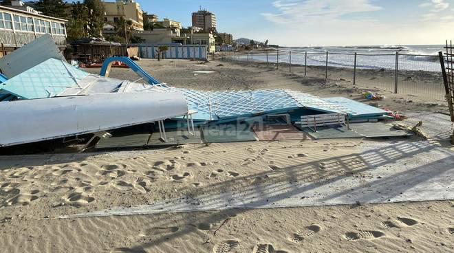 playa manola spiagge arma di taggia danni
