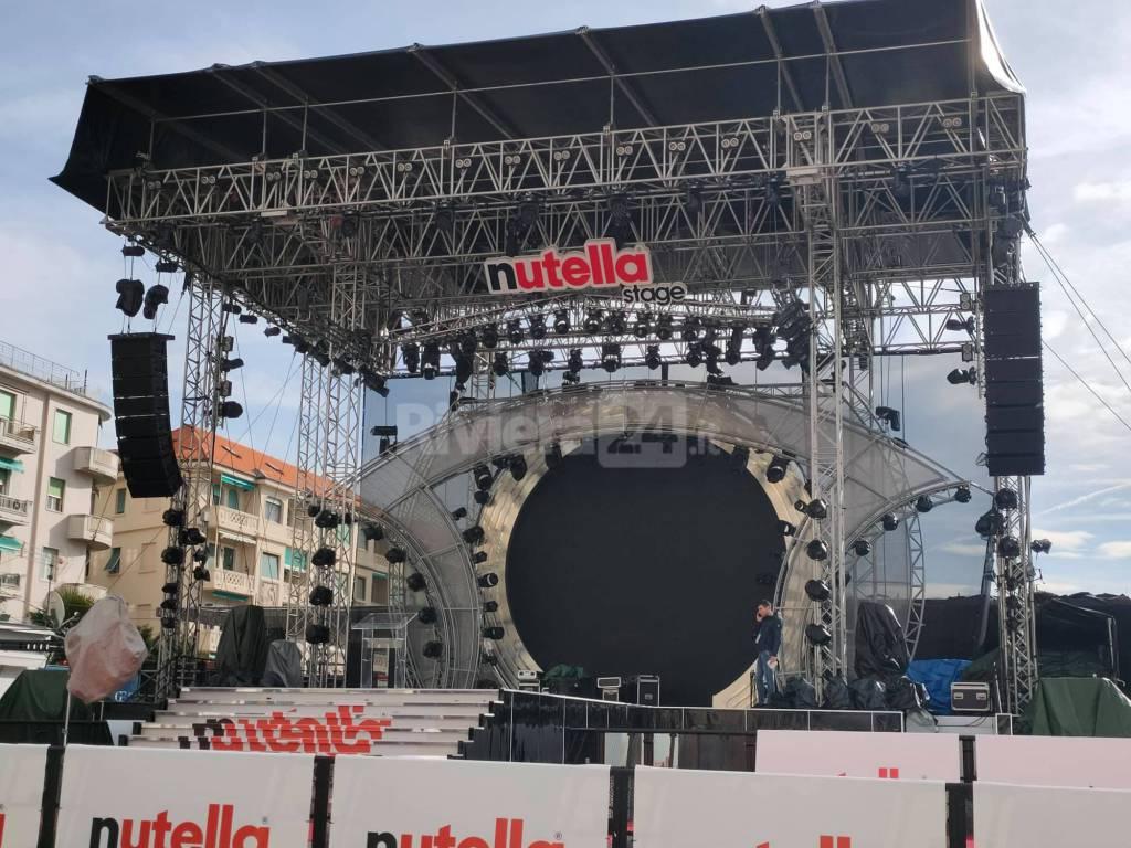 Riviera24- palco piazza colombo