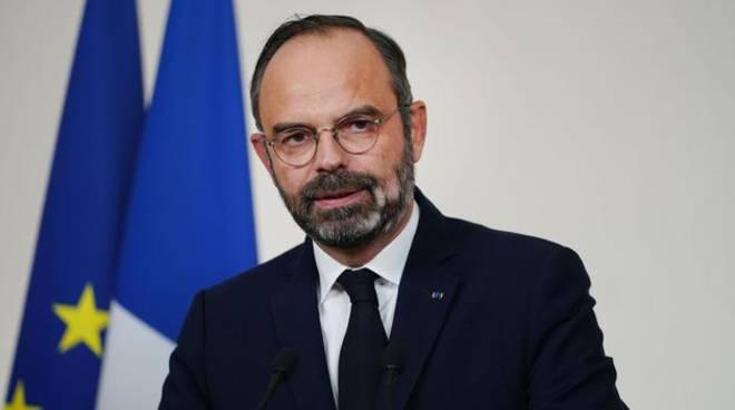 Coronavirus, anche la Francia chiude tutti i luoghi pubblici non indispensabili