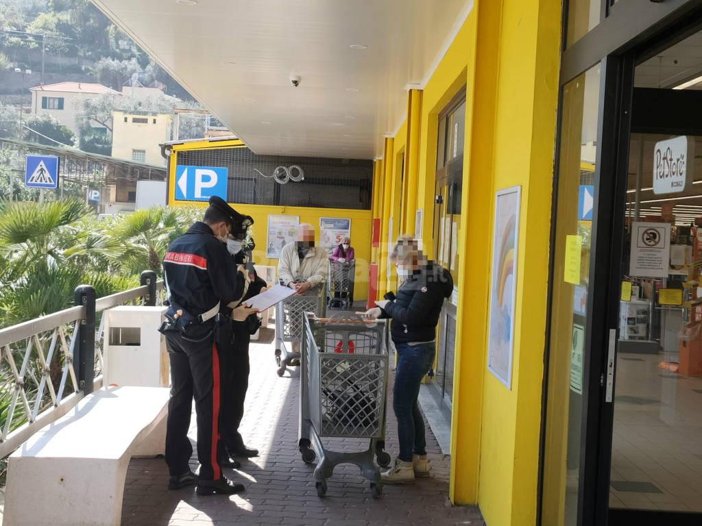 Imperia, controlli dei carabinieri presso i supermercati