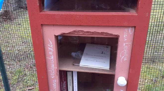riviera24 - Biblioteca all'aperto a Villa Viani