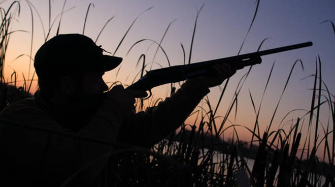 riviera24 - caccia cacciatore tramonto