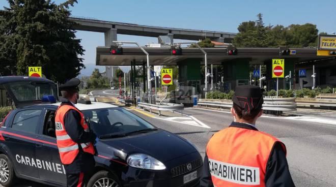 I controlli dell'Arma ai caselli autostradali