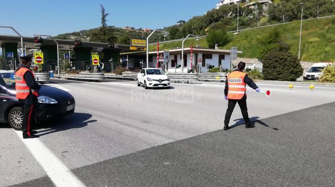controlli carabinieri caselli autostradali