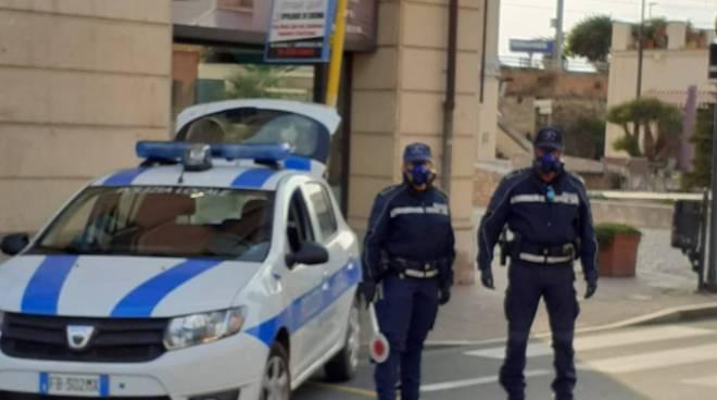 riviera24 - Polizia locale di Vallecrosia
