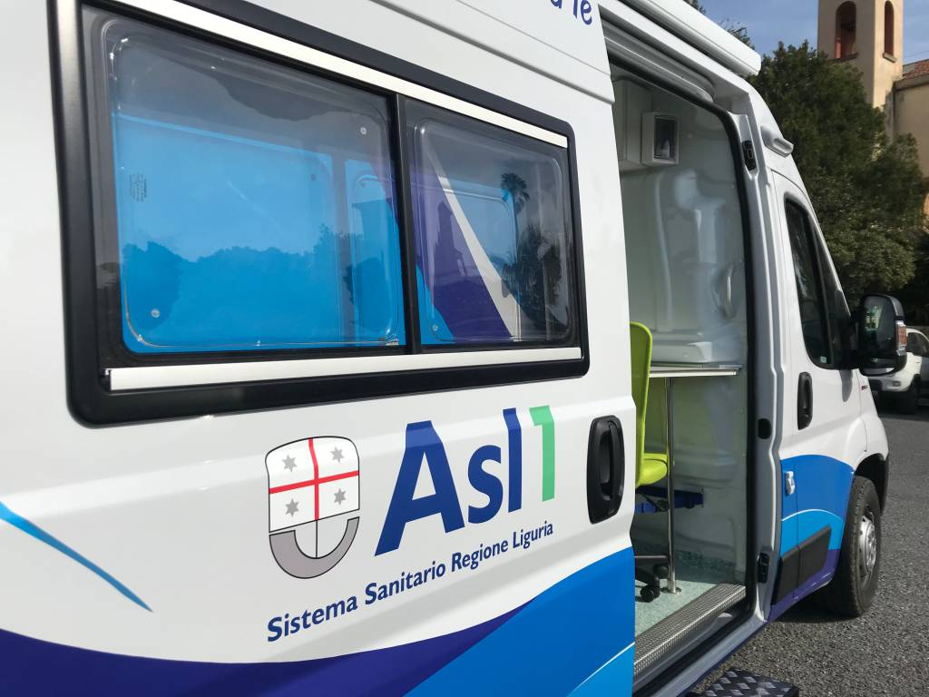 riviera24 - Ambulatorio mobile dell'Asl1 Imperiese