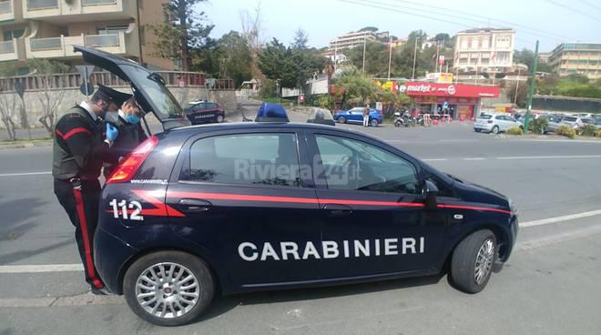 riviera24 - controlli carabinieri posto di blocco