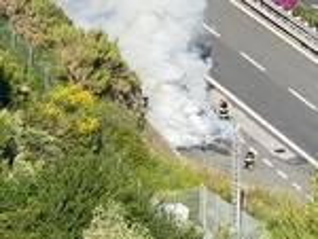 incendio autostrada ospedaletti