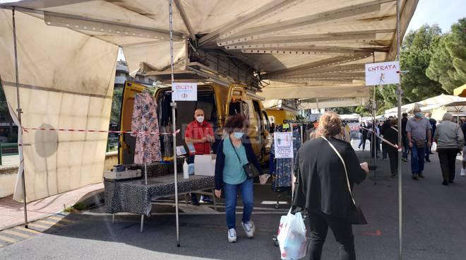 Primo mercato lunedì Vallecrosia