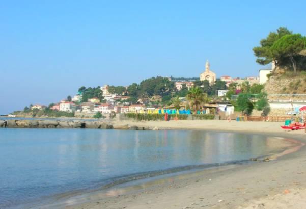 Riviera24- spiaggia taggia