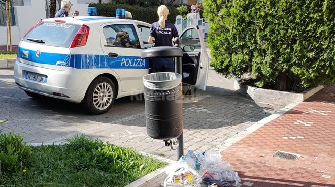 Bordighera spazzatura Corso Italia