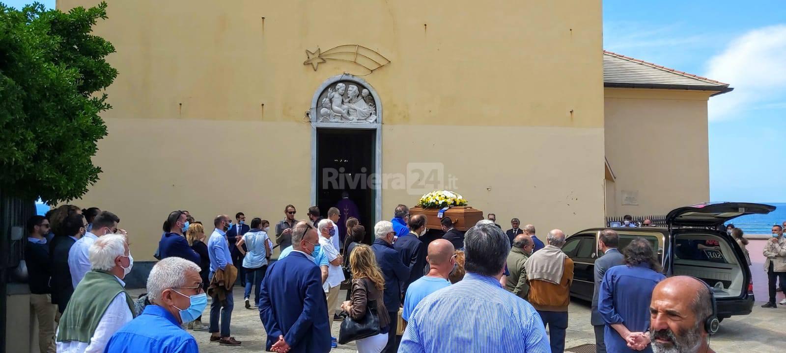 I funerali di Milo Durante ex presidente dell'Imperia calcio