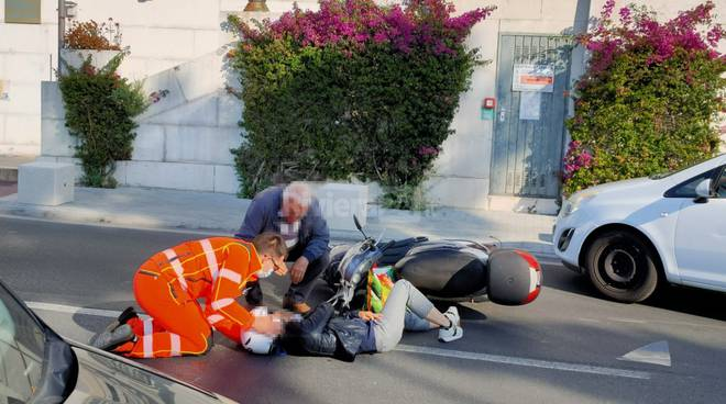 riviera24 - Incidente in viale Matteotti a Imperia
