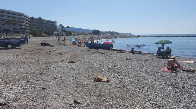 spiagge Ventimiglia sacchetti