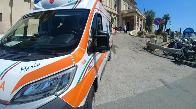 incidente ambulanza ospedale sanremo