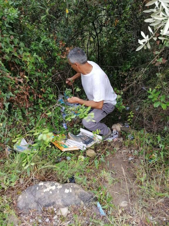riviera24 - Discarica abusiva in Regione Canelli