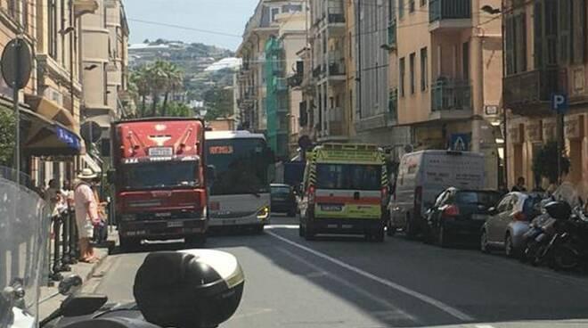 riviera24 - via roma sanremo camion ambulante