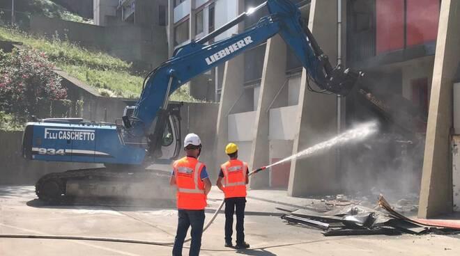 demolizione dighe Genova
