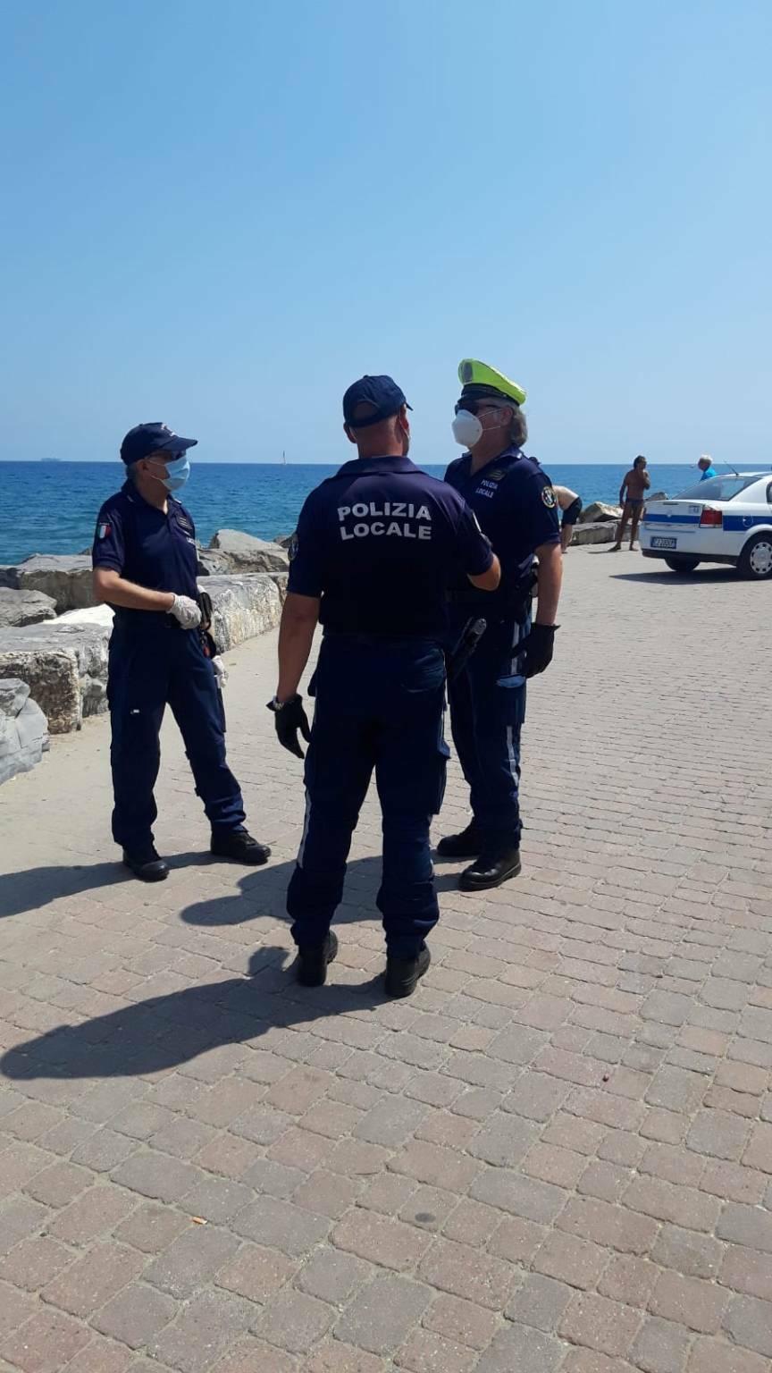 Diano Marina, pattuglione di Ferragosto Polizia locale