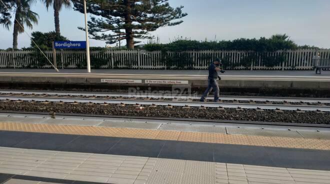 uomo travolto dal treno a bordighera