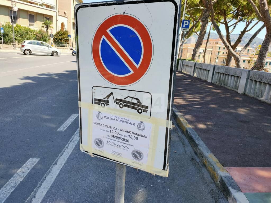 MIlano-Sanremo, raffica di rimozioni auto a Imperia