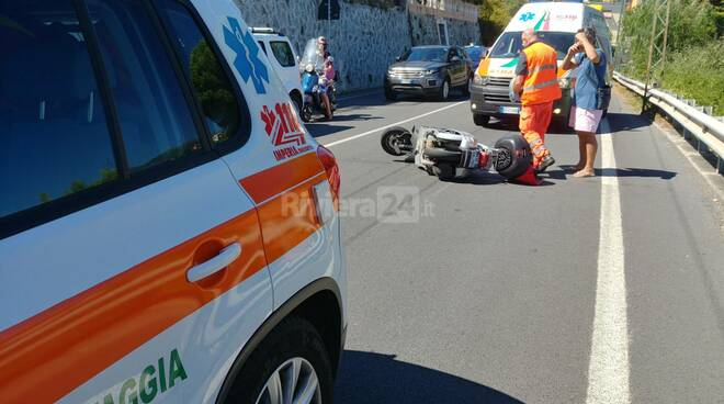 Riviera 24 incidente scooter bussana 118