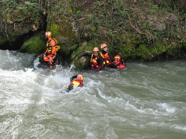 riviera24 - vigili fuoco soccorso fluviale alpino