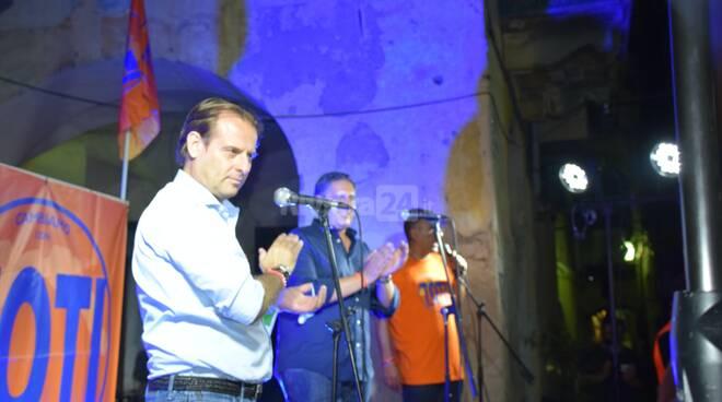 Chiusura campagna elettorale Giovanni Toti