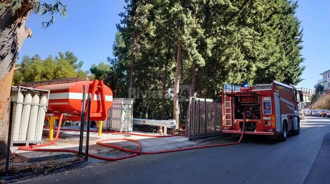 riviera24 - Autobotti ospedale