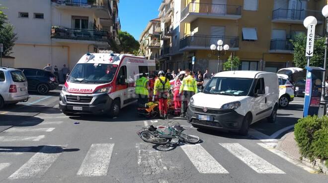 riviera24 - incidente ciclista soccorsi 118 diano marina croce rossa