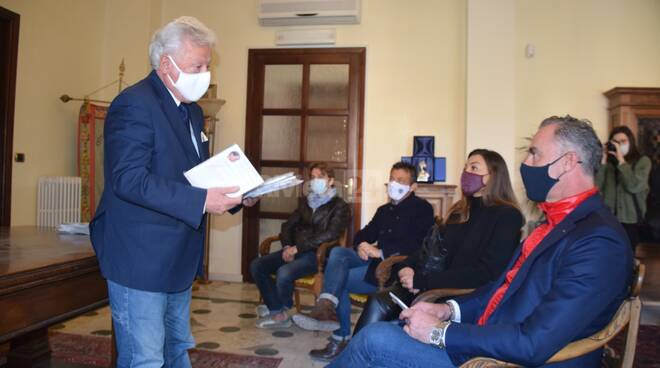 donazione mascherine ventimiglia