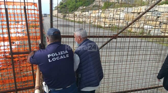 riviera24-sopralluogo incompiuta sindaco diano chiappori