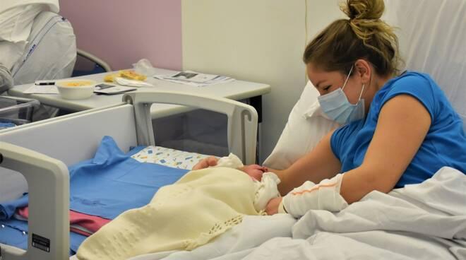 riviera24 - Culla neonatale