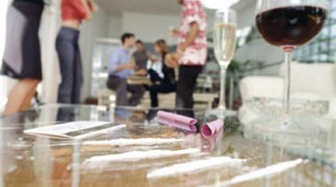 riviera24 - droga party
